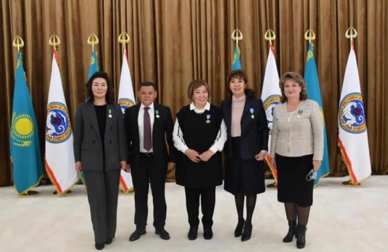 Медалью «Шапағат» награждена президент АПРФД РК Марина Дурманова