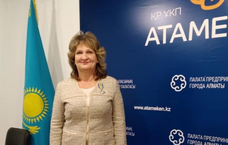 Президент АПРФД РК Марина Дурманова награждена медалью «За верность делу»