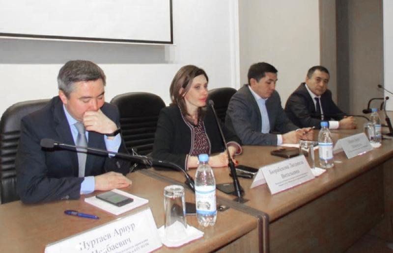 В Алматы состоялась встреча по вопросам ценообразования на лекарства